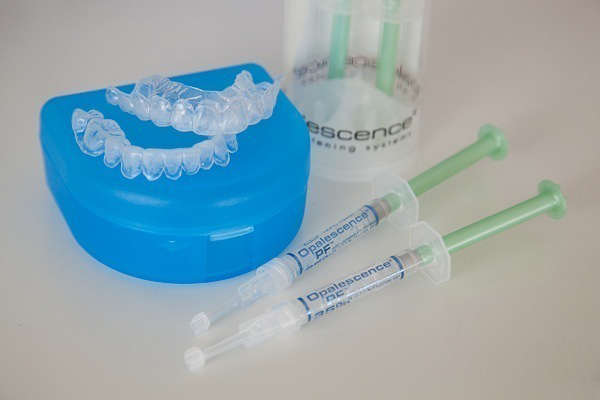 Thuốc tẩy trắng răng tại nhà OPALESCENCE có nồng độ cồn từ 10 - 35%