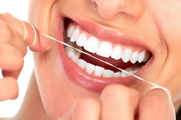 Bọc răng sứ Nha Khoa Linh Xuân